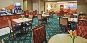 holiday-inn-express-tulsa
